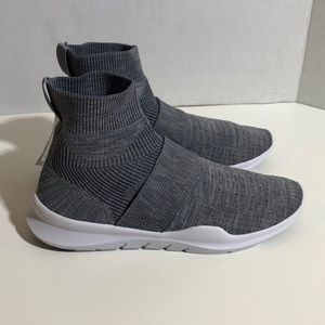 Gray Knit High Comfort Sock Athletic